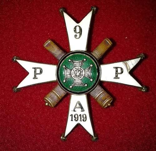 9th Regiment field artillery badge Pre War ?