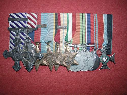 Click image for larger version.  Name:Medals of John Kent.jpg Views:139 Size:231.3 KB ID:561113