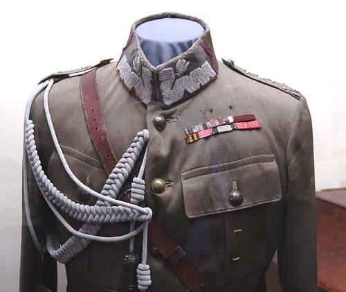 Click image for larger version.  Name:General Broni Stanislaw Szeptycki Uniform.jpg Views:295 Size:125.4 KB ID:564467