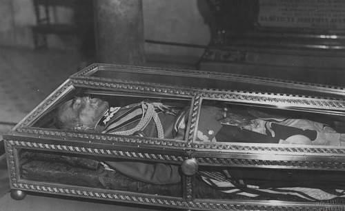 Click image for larger version.  Name:October 1935 Wawel JP asleep.jpg Views:2395 Size:83.8 KB ID:580268