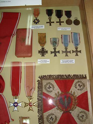 Polish pre-war/exile medals/cross`s thread!