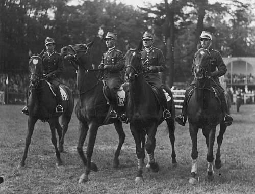 Click image for larger version.  Name:4th June 1938 Warsaw Rtm Komorowski Rtm A Rylke Por Roman Pohorecki Por Bronislaw Skulicz.jpg Views:246 Size:149.9 KB ID:659326