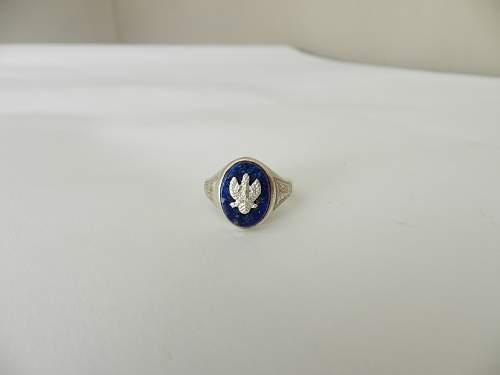 Prewar Polish Police officers collar tabs and ring, 100% original prewar, please ?
