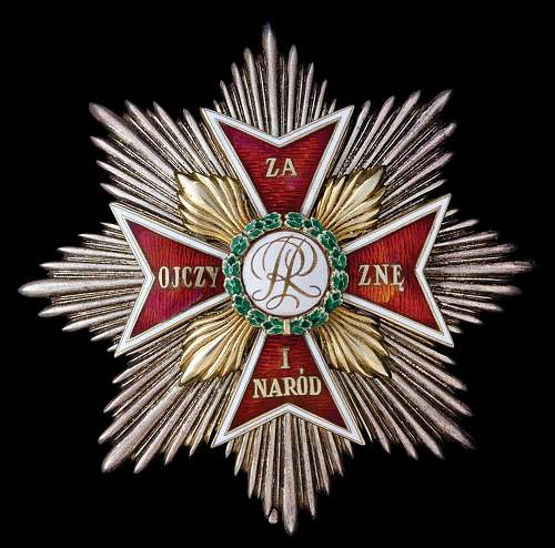 Order of the White Eagle on auction