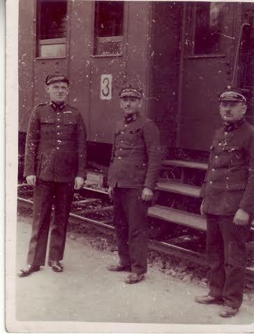 Motorised units, railroad.
