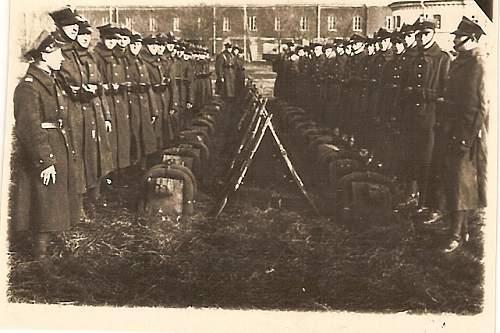 Click image for larger version.  Name:5 Nov 1936 w oczekiwaniu przysiegi na pl Sapa w kozly bron Brzesc Cytadela.jpg Views:200 Size:148.1 KB ID:78809