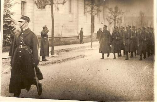 Click image for larger version.  Name:5 Nov 1936 Po przysiedze defilada przed p pulkownikiem Brzesc Cytadela.jpg Views:169 Size:107.6 KB ID:78813