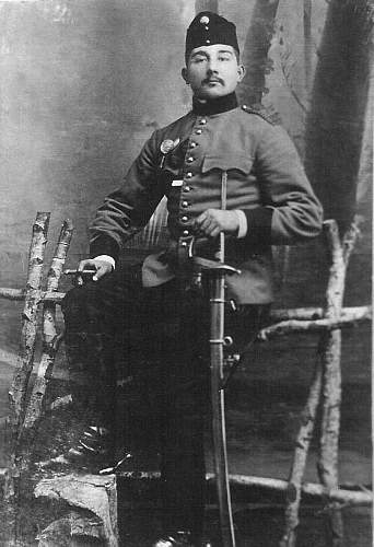 Can someone help me identify this uniform?