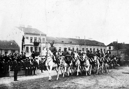 Click image for larger version.  Name:25th June 1933 Kutno Parade.jpg Views:55 Size:220.2 KB ID:813894