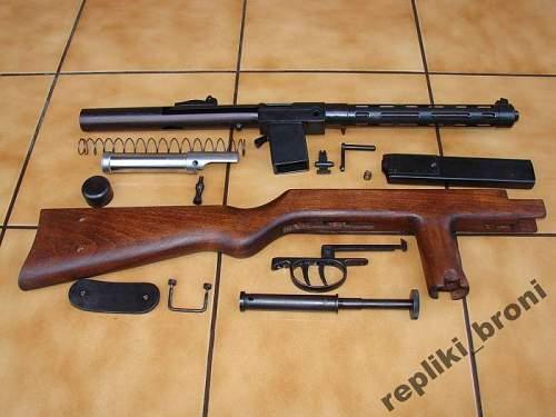 Rare replica of a Wz.39 Mors gun