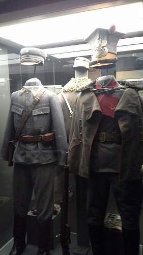 Click image for larger version.  Name:Legions%20Uniforms.jpg Views:100 Size:182.1 KB ID:824887