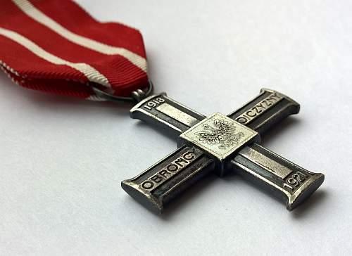 Click image for larger version.  Name:Krzyż za udział w Wojnie 1918-1921 (2).jpg Views:122 Size:143.7 KB ID:842610