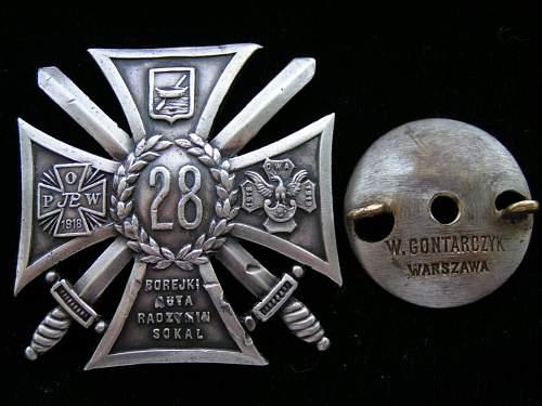 Click image for larger version.  Name:Odznaki Wojskowe II RP 010.jpg Views:358 Size:153.1 KB ID:91665