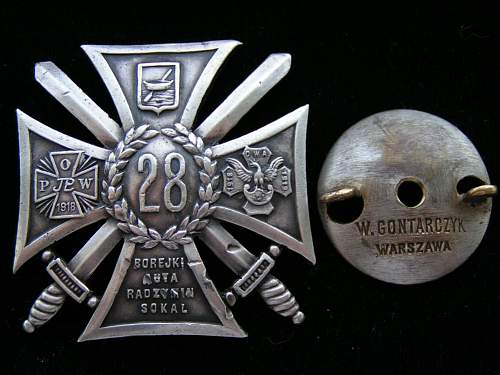 Click image for larger version.  Name:Odznaki Wojskowe II RP 010.jpg Views:310 Size:153.1 KB ID:91665