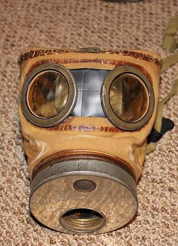 Polish wz.24 Gasmask with Canister