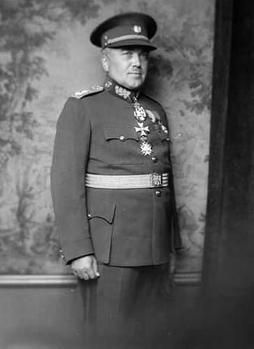 Click image for larger version.  Name:General Frantisek Bartoš.jpg Views:15 Size:64.2 KB ID:964726