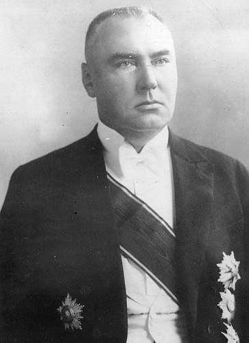Click image for larger version.  Name:Latvian President Alberts Kviesis OOP Grand Cross.jpg Views:396 Size:152.8 KB ID:970879