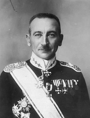 Click image for larger version.  Name:Latvian General Peteris Radzins VM 6161.jpg Views:66 Size:188.3 KB ID:970887
