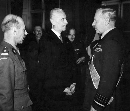 Click image for larger version.  Name:London 7th June 1945 ACM Harris after receiving the OOP Grand Cross from President Raczkiewicz.jpg Views:25 Size:146.5 KB ID:970950