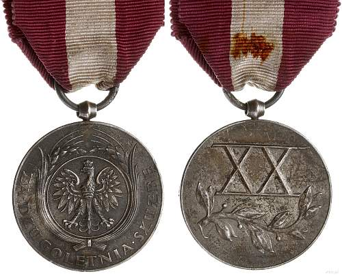 Click image for larger version.  Name:20 Year Long Service Medal obv and rev.jpg Views:9 Size:228.4 KB ID:1000808