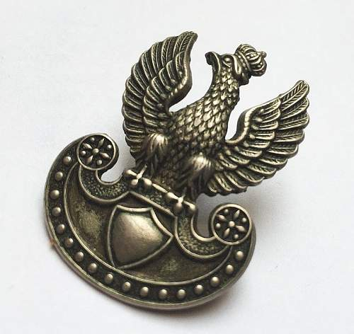 Click image for larger version.  Name:polish cap eagle gaunt 2.jpg Views:28 Size:94.0 KB ID:1032211