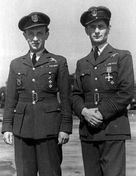 Name:  Skalski and Horbaczewski after the later had received a DFC.jpg Views: 111 Size:  42.3 KB