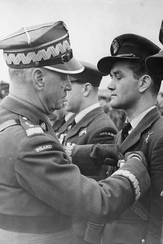 Click image for larger version.  Name:28th October 1941 RAF Northolt (2).jpg Views:6 Size:90.3 KB ID:1035721