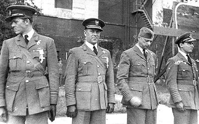 Name:  20th August 1942 DFCs to Aleksander Gabszewicz and Stefan Janus.jpg Views: 52 Size:  63.4 KB