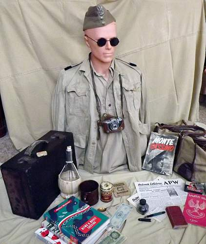 WW2 Polish - war correspondent - display