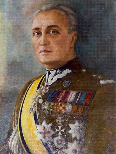 Click image for larger version.  Name:painting of General Gustaw Orlicz Dreszer.jpg Views:191 Size:17.5 KB ID:115685