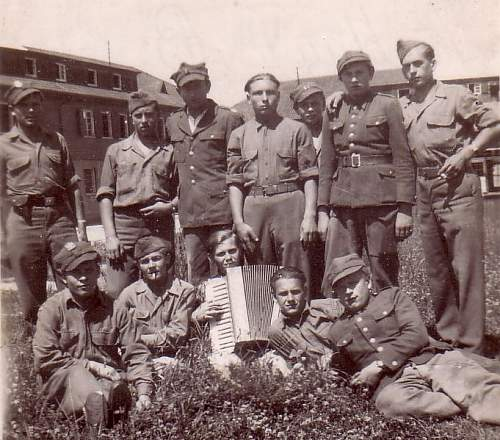 Click image for larger version.  Name:Memmingen Stallag VII B May 20 1945 (1).jpg Views:1554 Size:91.3 KB ID:209426