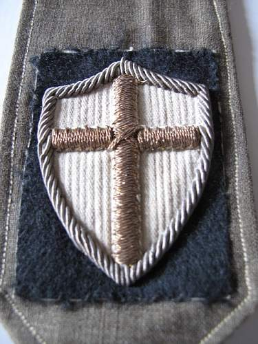 Click image for larger version.  Name:Epaulette_Polish_8th_Army_Shield.jpg Views:101 Size:143.3 KB ID:214291