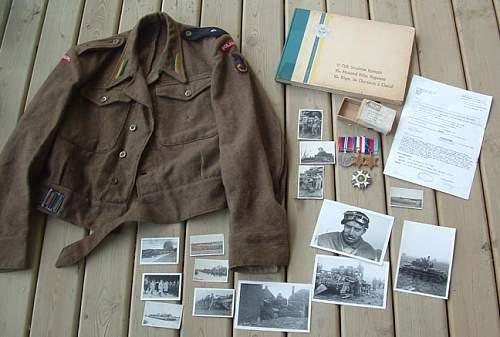 Click image for larger version.  Name:WW2%20Polish%20Officer's%20Estate%20Lot-Medals,%20Tunic,%20Badge%20$1599.jpg Views:94 Size:54.0 KB ID:234581
