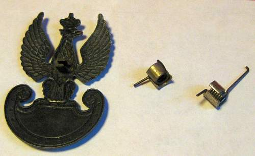 Found amongst WW2 uniform insignia, what are these?
