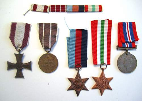 Click image for larger version.  Name:medals.jpg Views:180 Size:198.9 KB ID:242723