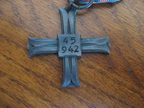 Click image for larger version.  Name:Medals4.jpg Views:61 Size:171.4 KB ID:255405