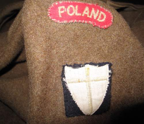 Click image for larger version.  Name:BD_Polish_2nd_Arm_Bde_Insignia_Rx.jpg Views:69 Size:108.1 KB ID:258466