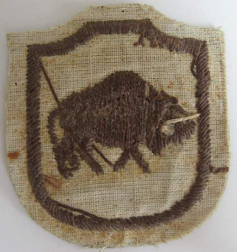 WWII Polish cloth embroided patches