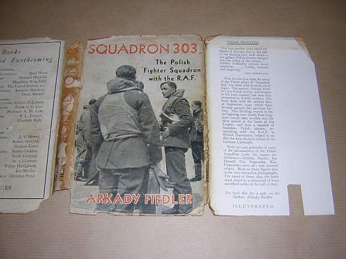 1942. SQUADRON 303.  SIGNED by FLIERS.