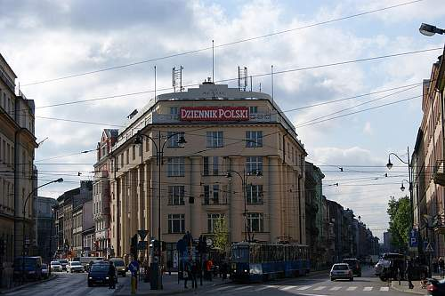 Click image for larger version.  Name:800px-Palace_of_Press,_1_Wielopole_street,_Krakow,_Poland.jpg Views:62 Size:104.8 KB ID:337126
