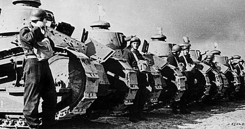 Click image for larger version.  Name:1st Armoured Regiment in France in 1940 1a.jpg Views:330 Size:87.7 KB ID:386299
