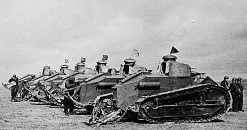 Click image for larger version.  Name:1st Armoured Regiment in France in 1940 1b.jpg Views:241 Size:84.3 KB ID:386300