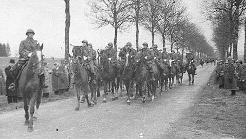 Click image for larger version.  Name:3rd May 1940 1st Grenadier Division Mounted Band plays as they pass in review Autreville Martign.jpg Views:276 Size:92.7 KB ID:386302