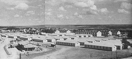 Click image for larger version.  Name:Coétquidan Barracks in Bretagne, Northern France 1940.jpg Views:218 Size:57.3 KB ID:386991