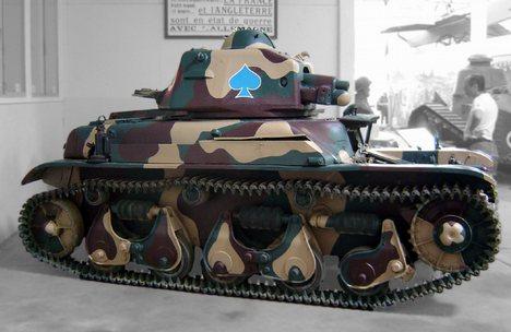 Name:  R 35 tank.jpg Views: 2035 Size:  30.4 KB