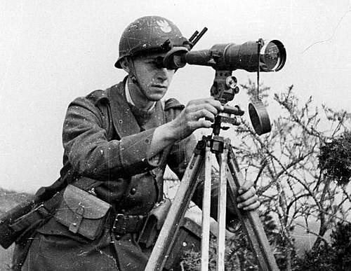 Click image for larger version.  Name:Artillery Cadet in France 1940.jpg Views:505 Size:100.6 KB ID:388800