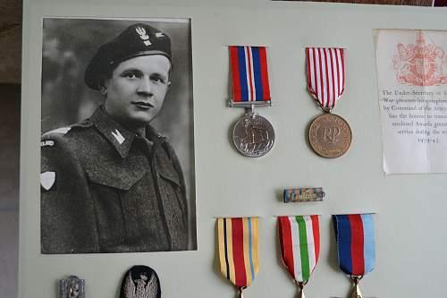 Click image for larger version.  Name:Dad's Medals, Uniform & Badges 007.jpg Views:1830 Size:219.1 KB ID:416162