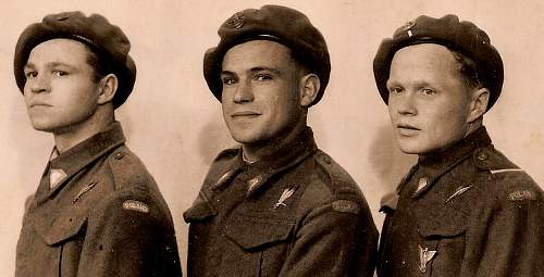 Click image for larger version.  Name:Polish Paratroopers far right ex Carpathian Brigade.JPG Views:1052 Size:185.8 KB ID:423800