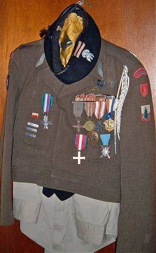 Click image for larger version.  Name:vets.jpg Views:279 Size:183.1 KB ID:427028
