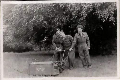 Click image for larger version.  Name:England 1946 a.jpg Views:76 Size:56.8 KB ID:456997